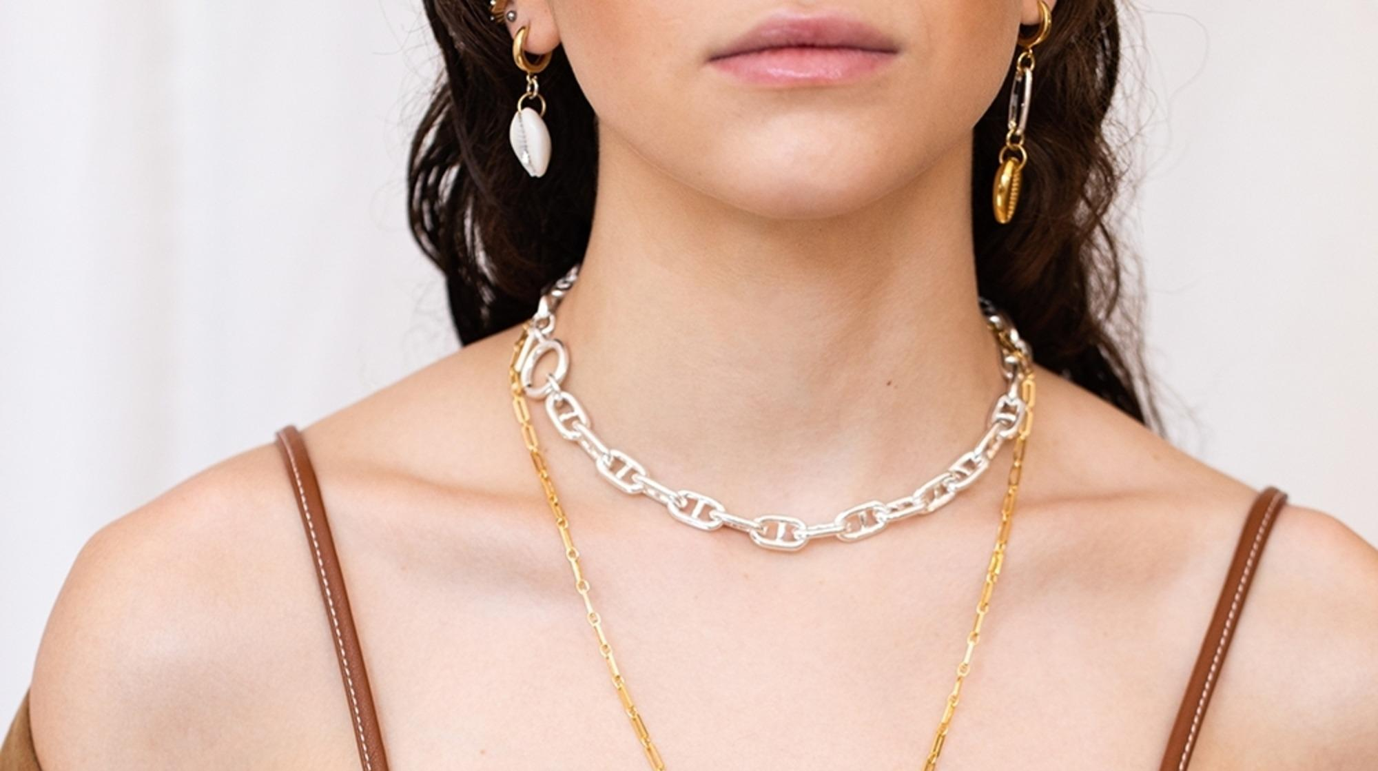 WALD Berlin sells fair trade jewelry from Germany to empower women